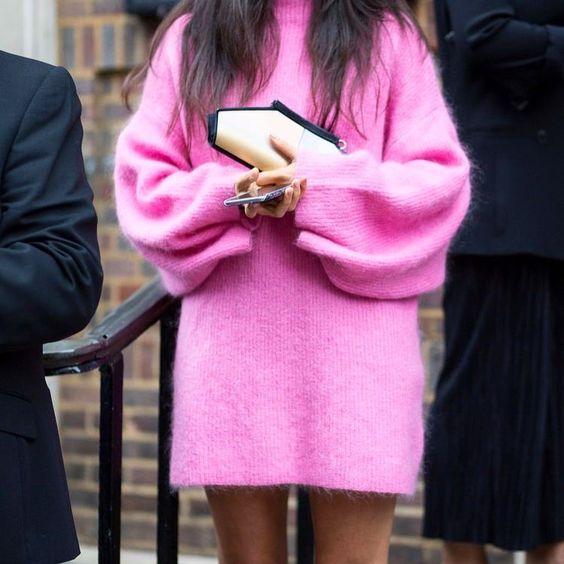 Stickad tröja klänning rosa