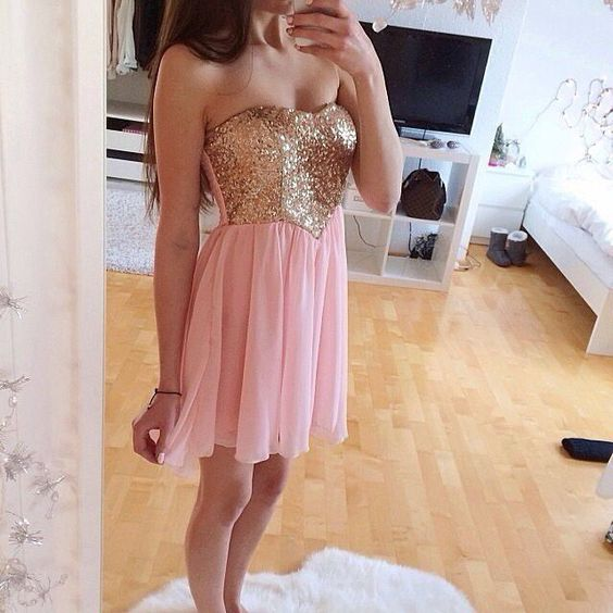 Rosa guld balklänning