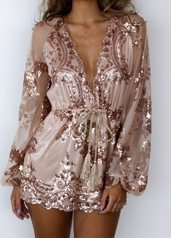 Klänning i roséguldklänning
