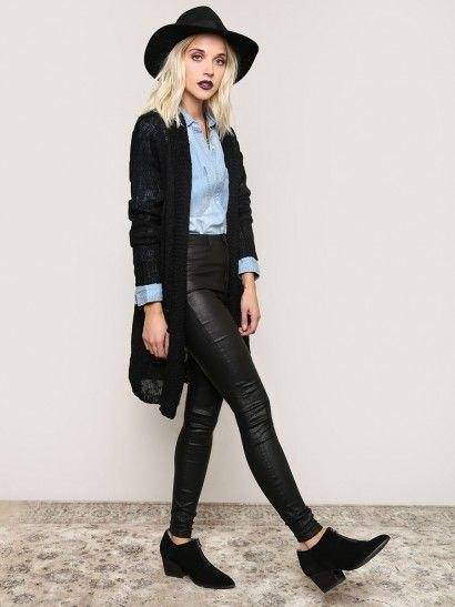 svart kofta chambray skjorta svarta läderbyxor