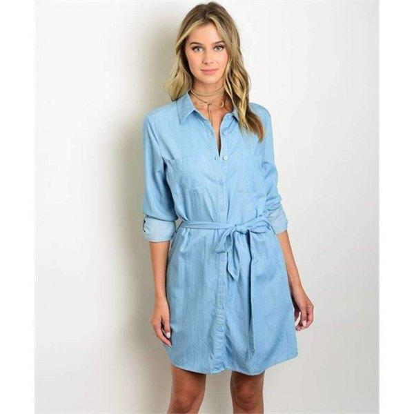 ljusblå midiklänning