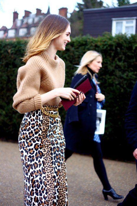 Kjoltröja i leopardmönster