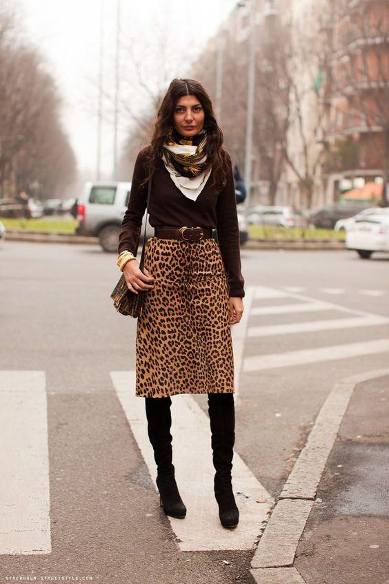 Italiensk leopardmönstrad kjol