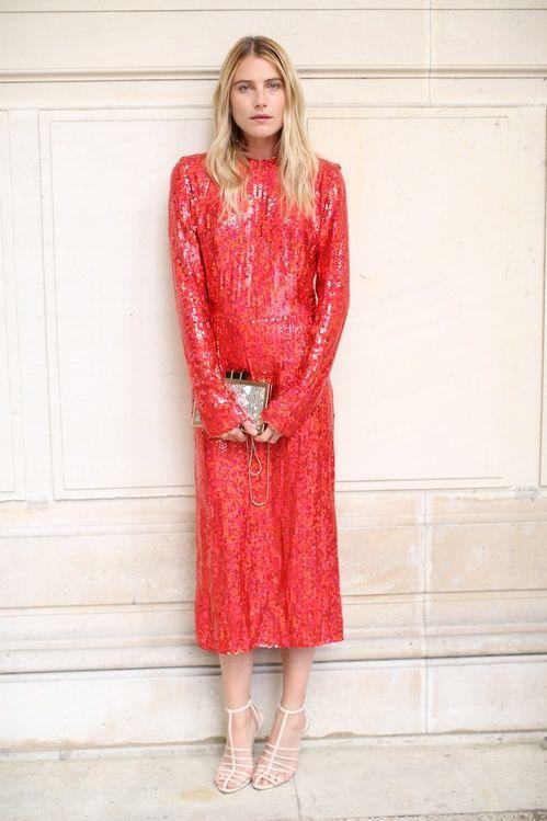 röd paljettklänning Midi Classic