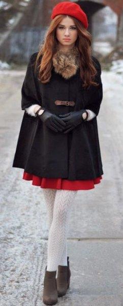 röd målarhatt svart tunikatopp