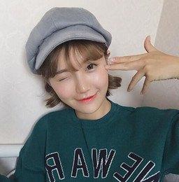 grå målare hatt sweatshirt outfit