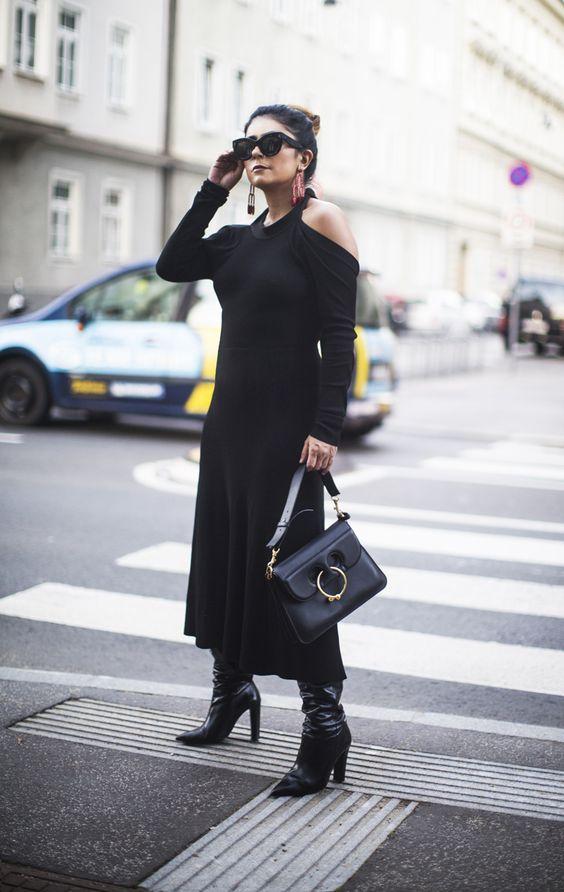 svart stickad klänning kall axel