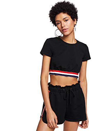 svart kort t-shirt med matchande mini bomullshorts
