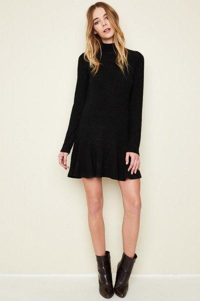 svarta långärmade mini flare klänning ankel stövlar