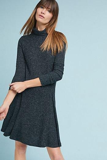 ljunggrå utsvängd tröja klänning