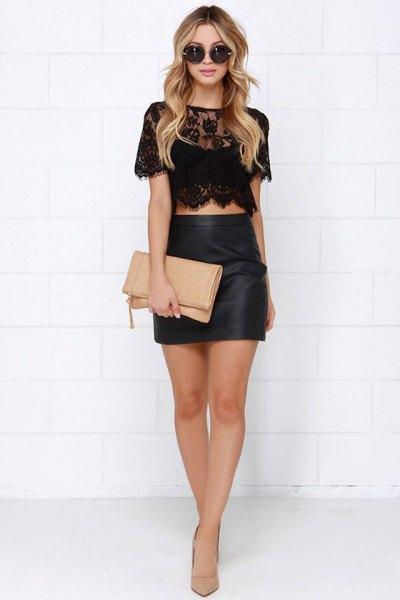 svart spets topp med figur-kramar minikjol i läder