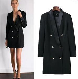 svart dubbelknäppt jacka klänning med ankelband och öppna tå klackar