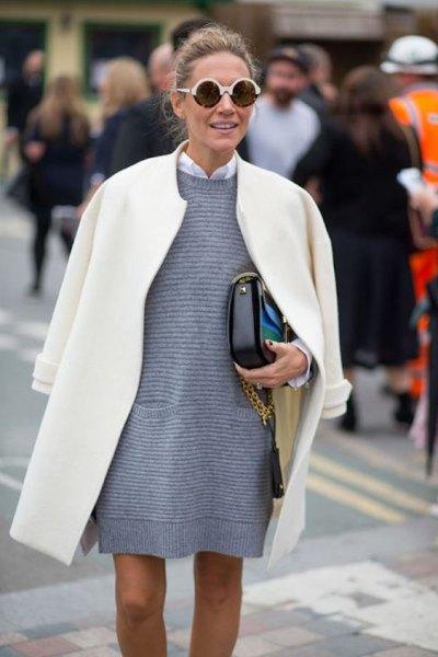 svartvit randig skiftklänning med ullrock