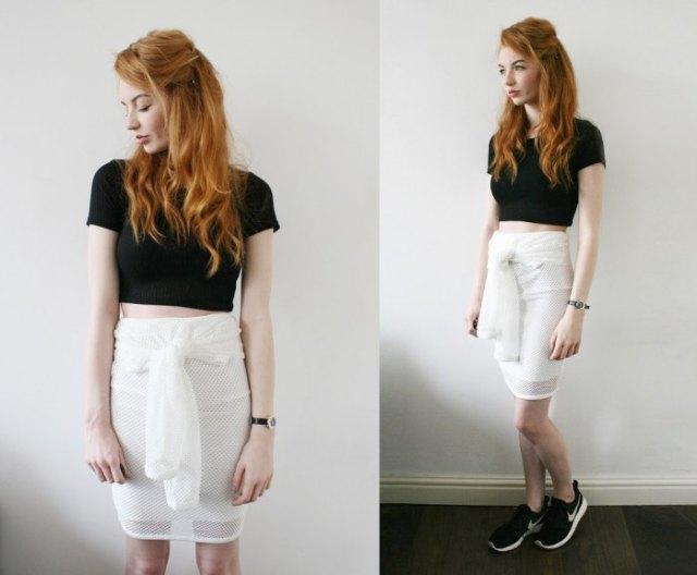 svart kort t-shirt med vit bandkjol