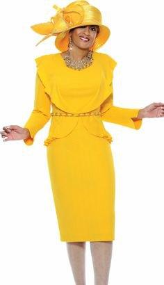 Citrongul kyrkodräkt med midikjol och guldhatt