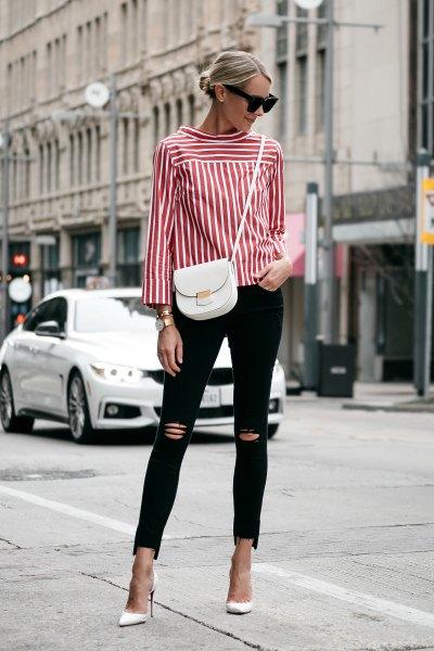knapplös röd och vit randig skjorta med svarta rippade skinny jeans