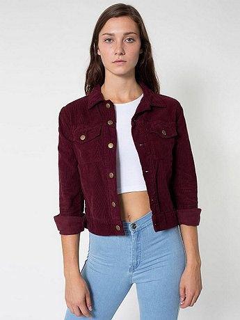 vit crop top himmelsblå jeans