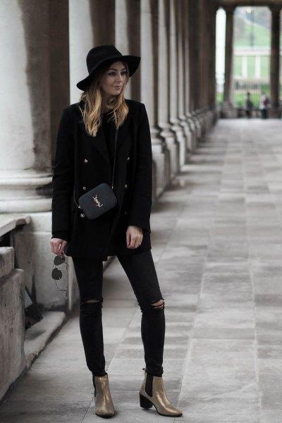 helt svarta klädsel guld ankel stövlar