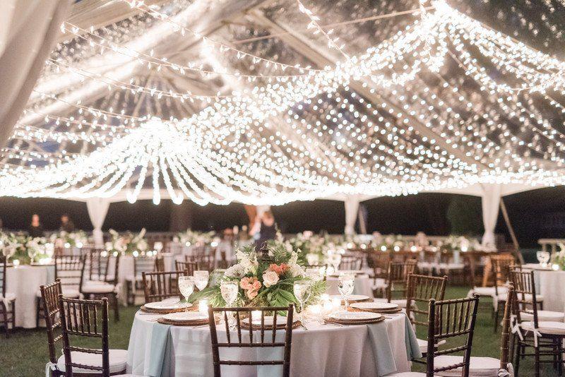 20 romantiska bröllopsbelysningsidéer för att få dig att svimma |  Bröllop .