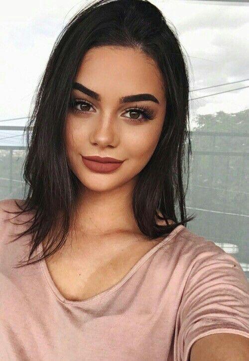 Coola 50+ Awesome Bold Brows Natural Makeup https://fashiotopia.com.