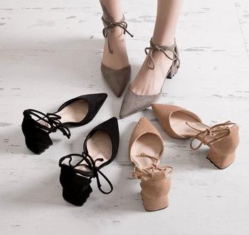 cy30833a Nya damkläder skor dam högklackade sandaler nya.