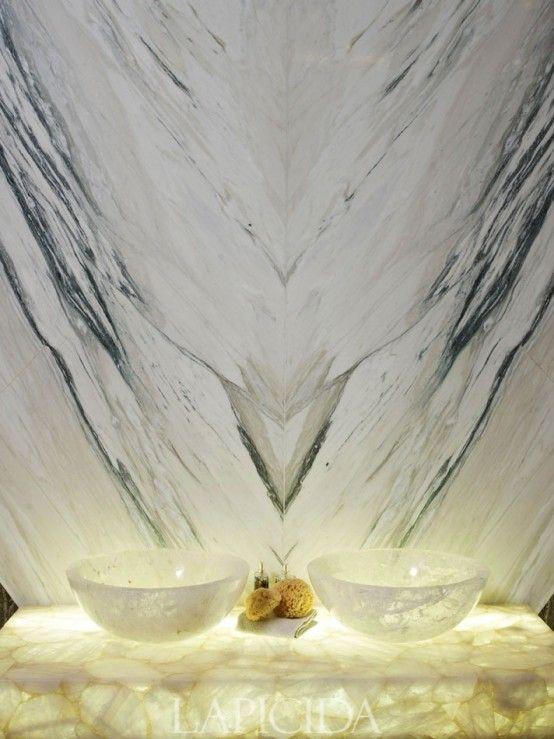29 Förädlade Onyx-inredningsidéer för alla interiörer |  Salle d'eau, Ville.