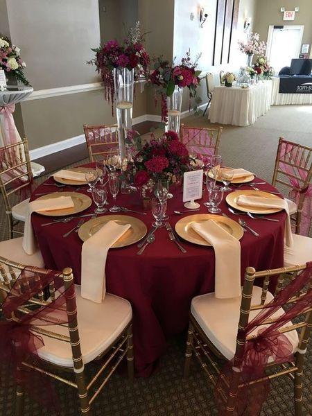 Majestätiska 10 glamorösa burgundy bröllopsidéer http: // fashiotopia.