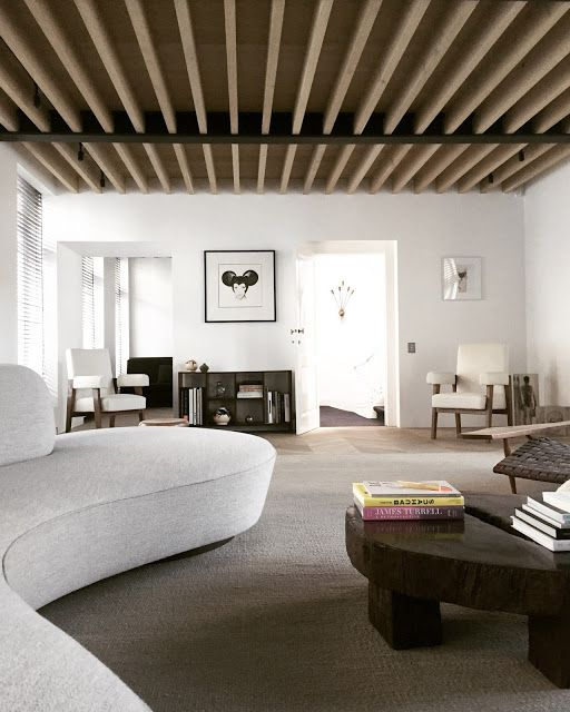 Hausmannian lägenhet gjord i minimalistisk stil - DigsDi