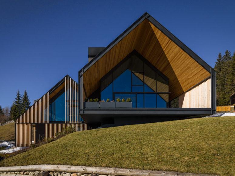 Mountain Home klädd med solskydd i trä - DigsDi