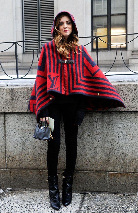 Hooded poncho Chiara röd