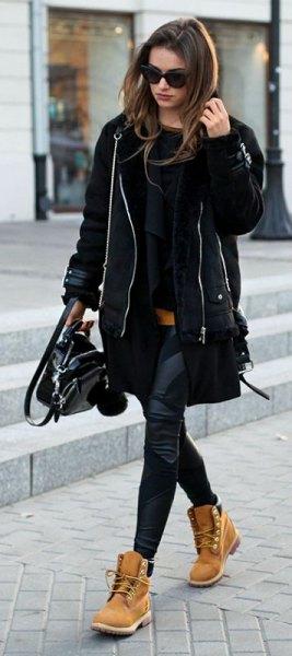 svart trenchcoat leggings timerland stövlar