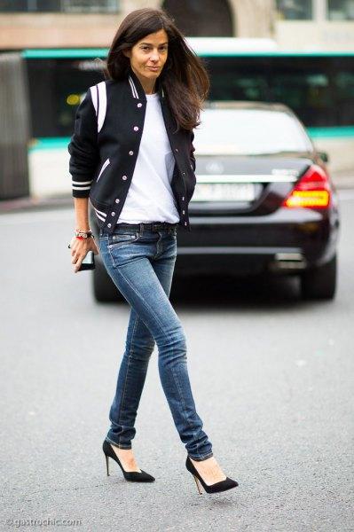 Marinblå och vit baseballjacka smala jeans