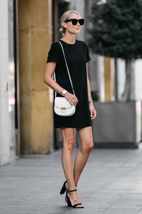 Enkelhet skiftklänning