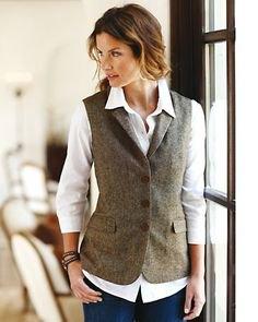 grå tweed väst vit knapp skjorta