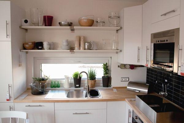 små utrymmen: kök    Litet kök inredning, Litet utrymme kök.