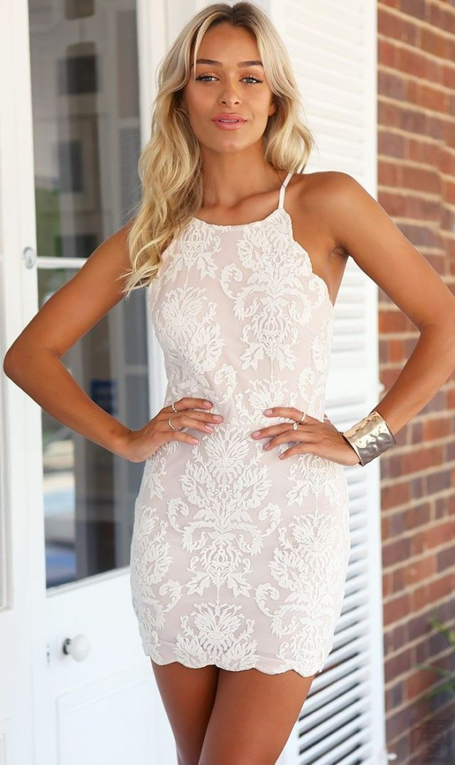 vit halterneck spets klänning mini