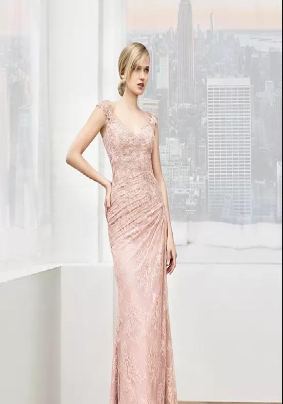 fina rosa långa klänningar till brudmor