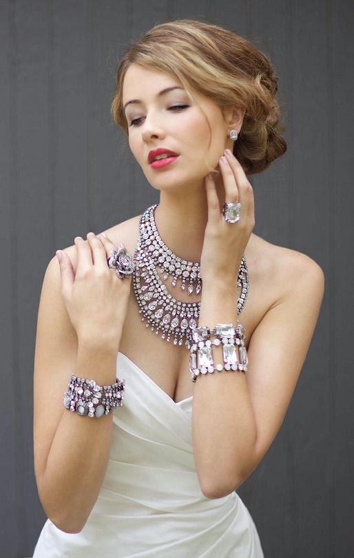 11 olika typer av smycken varje kvinna borde ha  Diva Lik