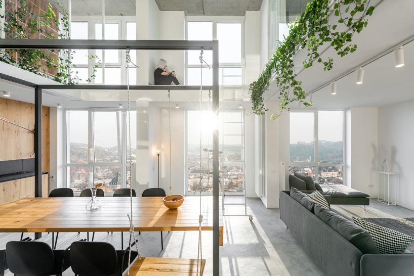 om shumelda utvecklar lägenhet runt dubbelhöjd central.