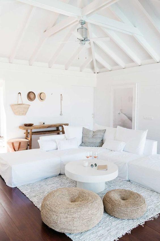 25 idéer för att lägga till stranden i stort i ditt hem    Kustvardagsrum.