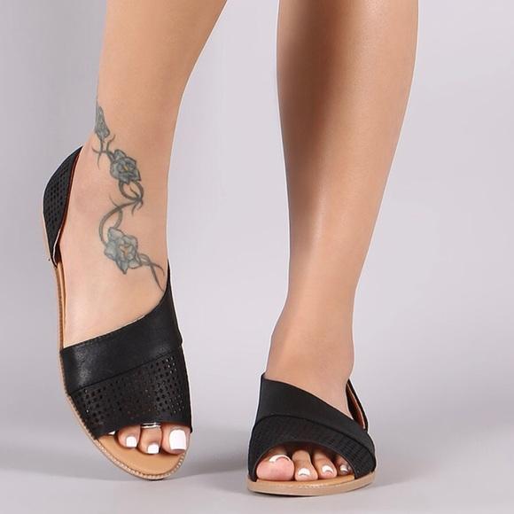 SHOEROOM21 boutique Skor    Ladies Open Shank Peep Toe Ballerina.