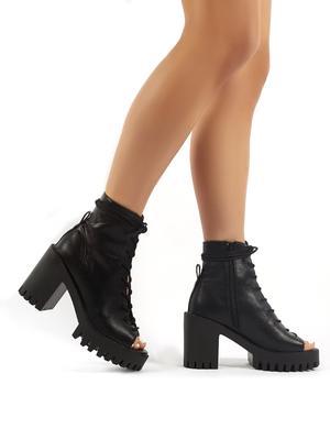 Bassline Svart PU Chunky Heeled Peeptoe Ankle Boots |  Offentlig .