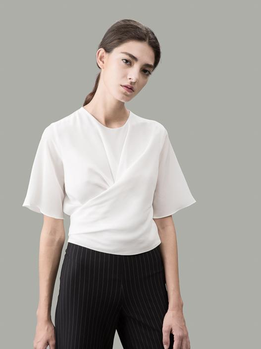 Marthas sidenomslagskjorta: Figur av en helgon |  sidenskjortor från VAUGH