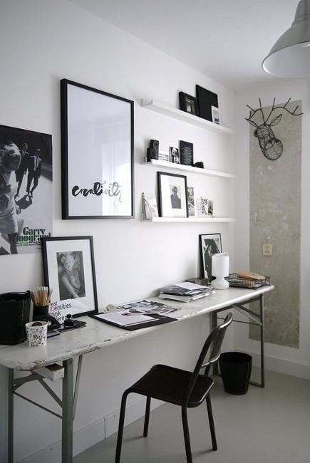 Svart n vit dekorera med färg för hemmakontorsdesigner i.