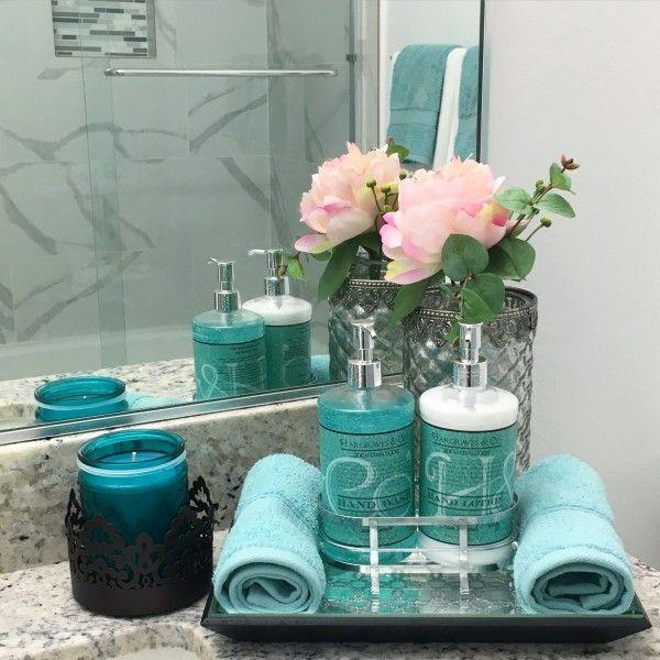 Idéer för kricka i badrummet  Mermaid badrum inredning, kricka badrum.