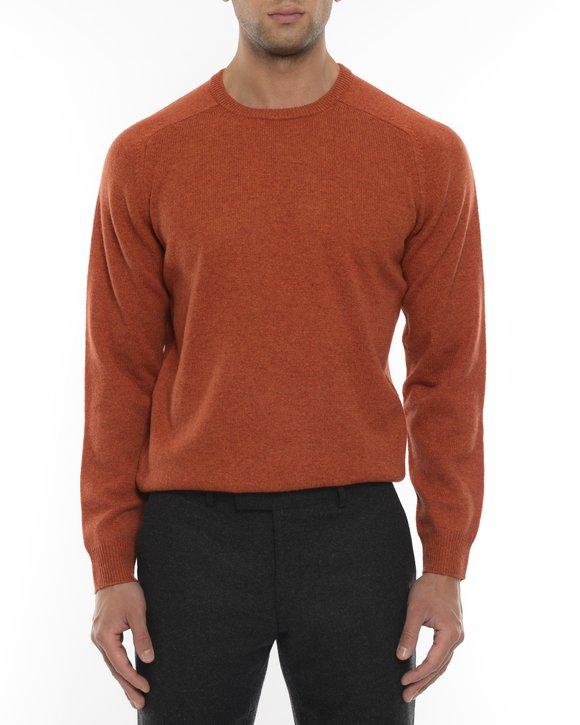 Brända orange tröjor