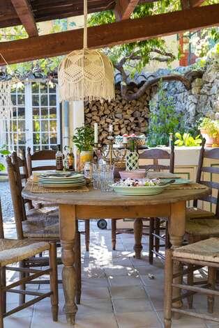 Charmiga och vackra Provence matplatser