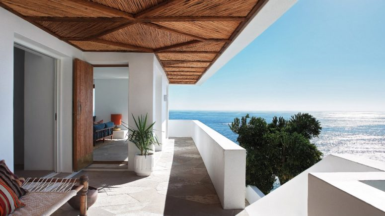 Clifftop Mid Century Modern Home