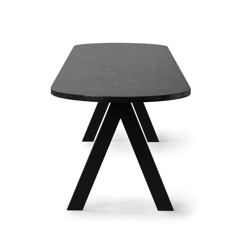 Geometriska formade möbler