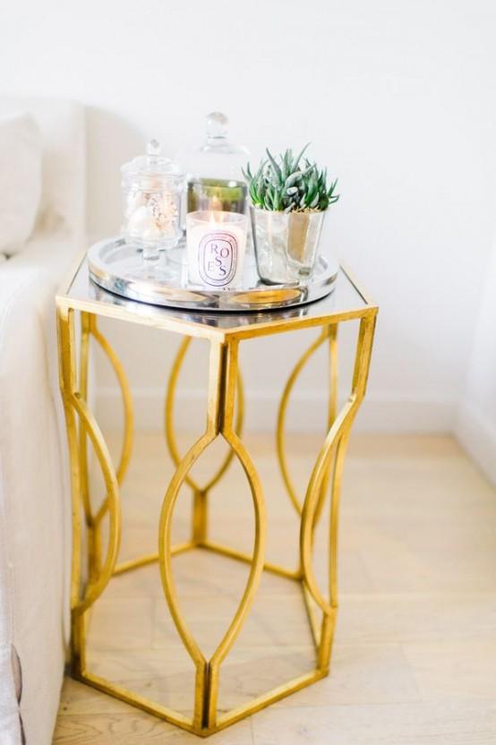 Glam guld accenter och tillbehör för din interiör